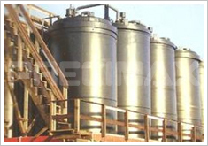 Circular Industrial Tanks
